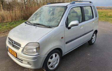 Opel Agila 1.2-16V Elegance Zilver uit 2002